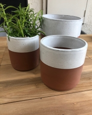White/Terracotta Cylinders