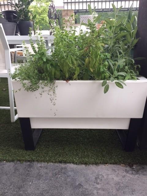 Glowpear Modular Self Watering Planter Pots Urns All