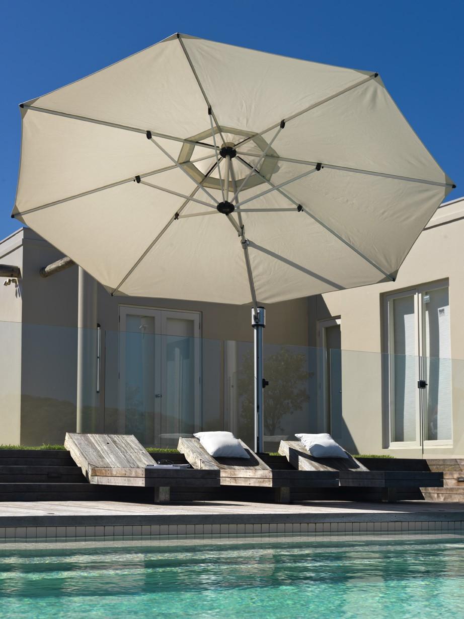 Eclipse Cantilever Umbrella